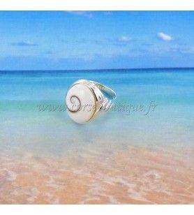 Bague argent avec anneau fantaisie et oeil de Sainte Lucie ovale