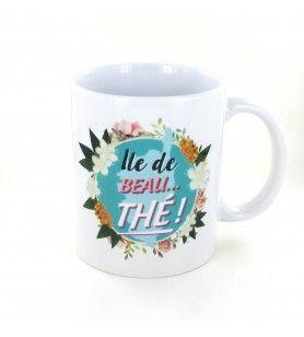 Mug island of beautiful tea