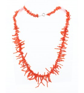 Collier en corail forme franges  -