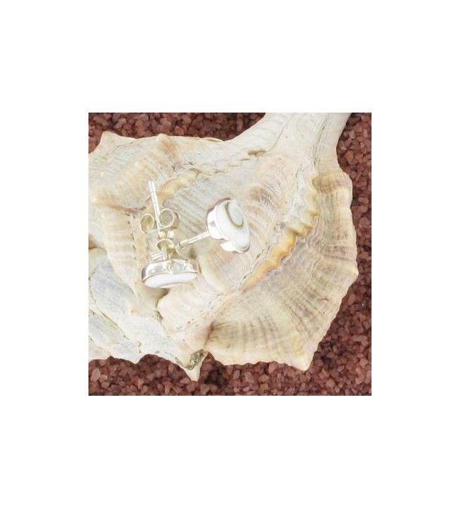 boucles d oreilles clous oeil de sainte lucie forme coeur 1037